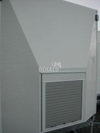 Polyester front façade with roller shutter for D320